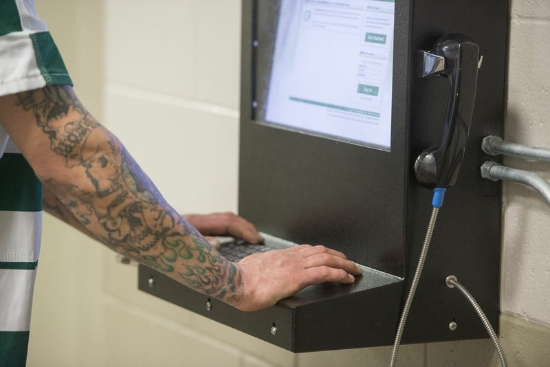 Messaging system in Benton County Jail for inmates