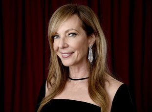 """FILE - In this Feb. 5, 2018 file photo, Allison Janney poses for a portrait at the 90th Academy Awards nominees luncheon in Beverly Hills, Calif. Janney is nominated for best supporting actress for her role in """"I, Tonya."""" (Photo by Chris Pizzello/Invision/AP, File)"""