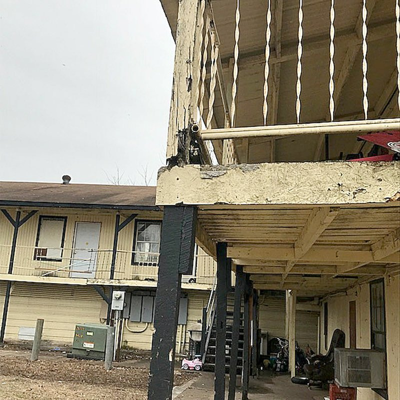 Lincoln Apartments To Be Razed