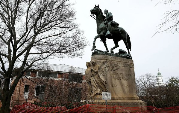 Statue tarps must be removed, judge rules