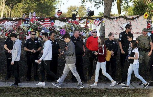 Students return to Parkland, Florida school after shooting massacre