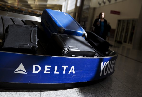 Betting On Delta Air Lines, Inc. (NYSE:DAL) ?
