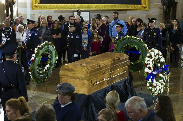 Reverend Billy Graham being laid to rest at North Carolina home