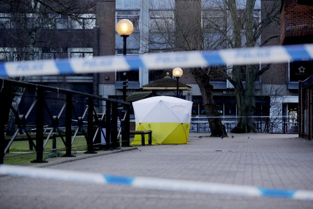 a-police-tent-is-framed-by-police-tape-covering-the-the-spot-where-former-russian-double-agent-sergei-skripal-and-his-daughter-were-found-critically-ill-sunday-following-exposure-to-an-unknown-substance-in-salisbury-england-wednesday-march-7-2018-britains-counterterrorism-police-took-over-an-investigation-tuesday-into-the-mysterious-collapse-of-the-former-spy-and-his-daughter-now-fighting-for-their-lives-the-government-pledged-a-robust-response-if-suspicions-of-russian-state-involvement-are-proven-sergei-skripal-and-his-daughter-are-in-a-critical-condition-after-collapsing-in-the-english-city-of-salisbury-on-sunday-ap-photomatt-dunham