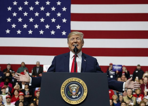 us-president-donald-trump-speaks-at-a-campaign-rally-at-atlantic-aviation-in-moon-township-pa-saturday-march-10-2018-ap-photocarolyn-kaster