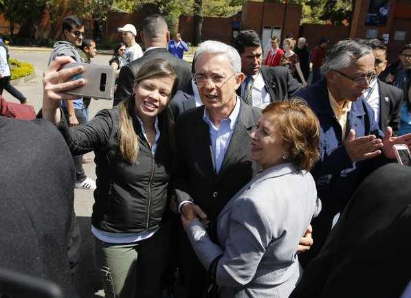 Peace deal backers suffer in Colombian congressional elections