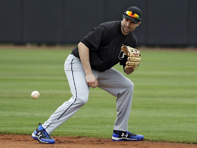 veteran-infielder-neil-walker-joined-the-new-york-yankees-on-monday-with-a-one-year-deal-for-4-million