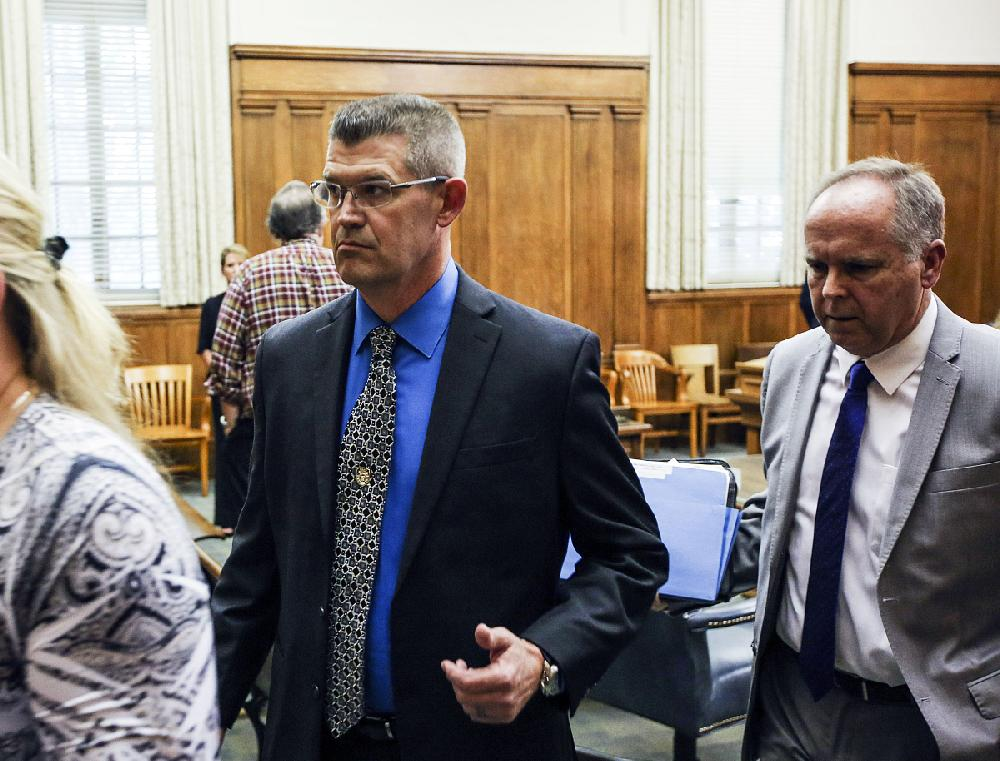 Benched central Arkansas police chief disqualified from post over false-report conviction