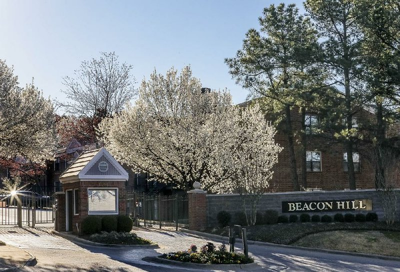 Longtime owners sell Little Rock apartment complex for $9 2M