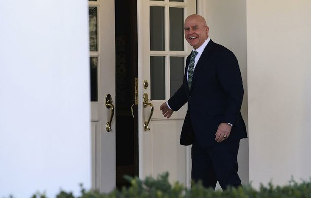 national-security-adviser-hr-mcmaster-walks-into-the-west-wing-on-friday-im-doing-my-job-he-told-a-reporter