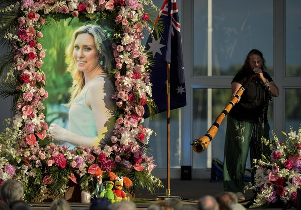 Police officer Mohamed Noor charged over shooting death of Justine Damond