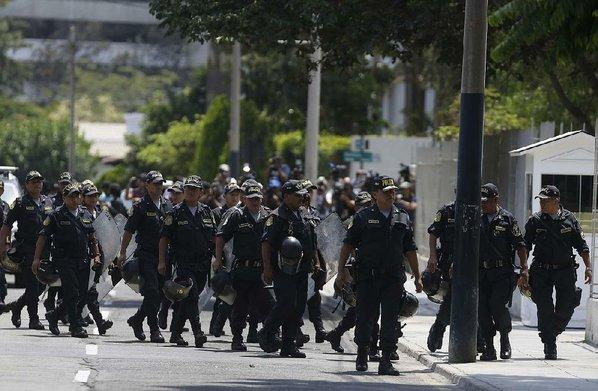 Peru prosecutors raid homes of ex-president Kuczynski
