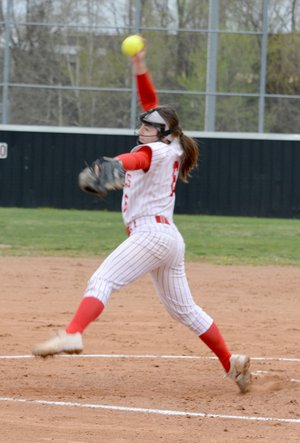 Graham Thomas/Siloam Sunday Farmington pitcher Addy Cassell picked up the win in the circle on Thursday for the Lady Cardinals in their three-inning victory over Siloam Springs.