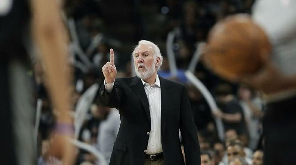 Wife of Spurs coach Gregg Popovich passes away