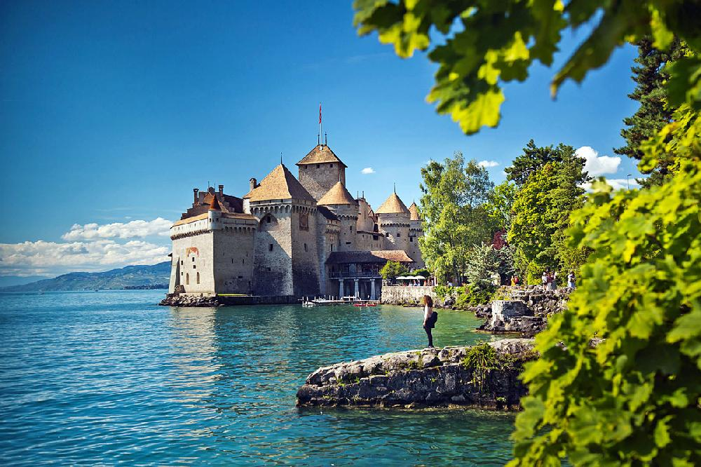 travel in europe lake geneva charms to soothe the savage breast nwadg. Black Bedroom Furniture Sets. Home Design Ideas