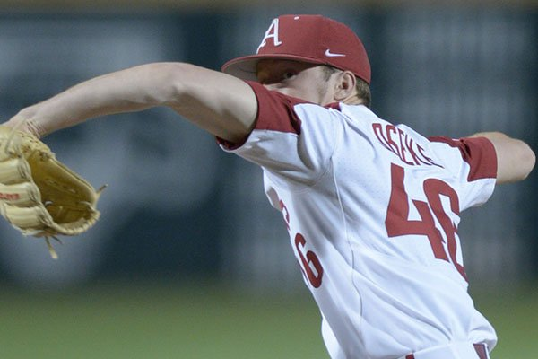 Arkansas reliever Barrett Loseke delivers to the plate against Texas Tech Tuesday, April 24, 2018, during the ninth inning at Baum Stadium.