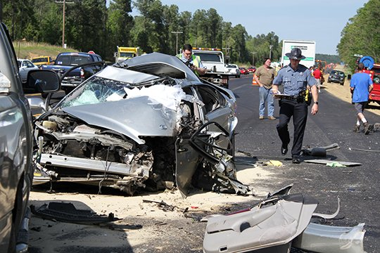 PHOTO: Wreck on U S  70 fatal to Arkansas man, 79
