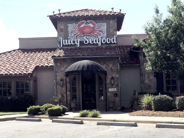 the-juicy-seafood-opens-monday-in-the-pleasant-ridge-town-centers-western-annex-off-cantrell-road-in-little-rock