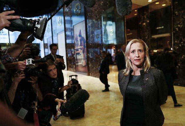 arkansas-attorney-general-leslie-rutledge-speaks-to-media-at-trump-tower-thursday-nov-17-2016-in-new-york