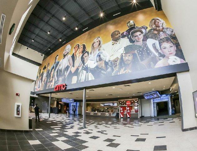 arkansas-democrat-gazettejohn-sykes-jr-the-renovated-lobby-of-the-amc-movie-theater-in-west-little-rock