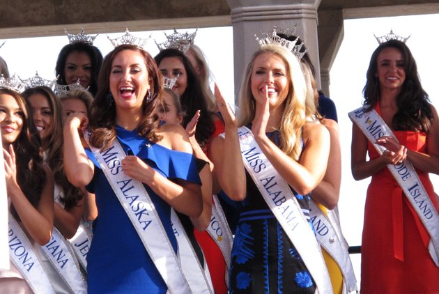 in-this-aug-30-2017-photo-contestants-attend-a-welcoming-ceremony-for-the-miss-america-competition-on-the-atlantic-city-nj-boardwalk-on-thursday-may-17-2018-the-miss-america-organization-announced-it-has-installed-women-in-the-organizations-three-top-leadership-posts-following-an-email-scandal-last-winter-involving-male-leaders-ap-photowayne-parry