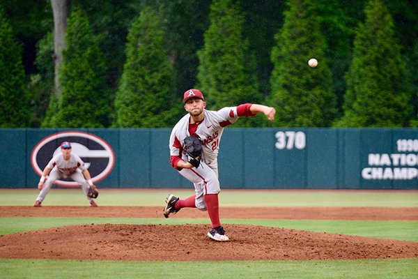 Arkansas pitcher Kacey Murphy throws during a game against Georgia on Friday, May 18, 2018, in Athens, Ga.
