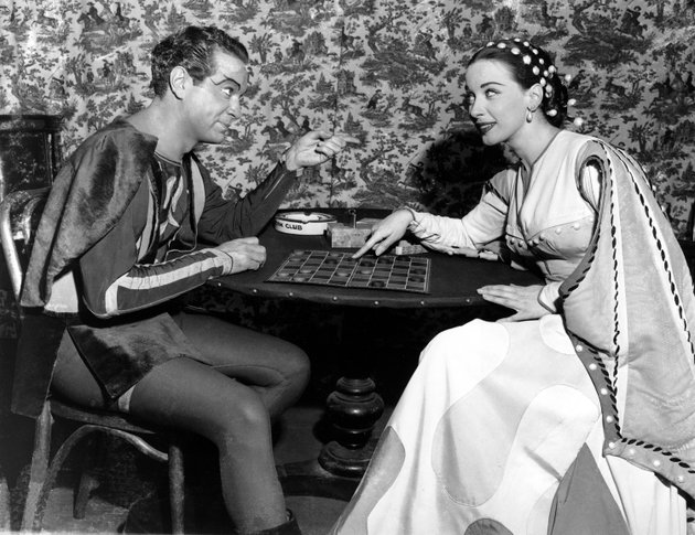 in-this-dec-25-1949-file-photo-alfred-drake-left-and-patricia-morison-costarring-in-the-musical-kiss-me-kate-play-checkers-backstage-at-the-new-century-theatre-in-new-york-broadway-and-hollywood-star-patricia-morison-has-died-at-age-103-publicist-harlan-boll-says-morison-died-of-natural-causes-at-her-home-in-los-angeles-on-sunday-may-20-2018-ap-photofile
