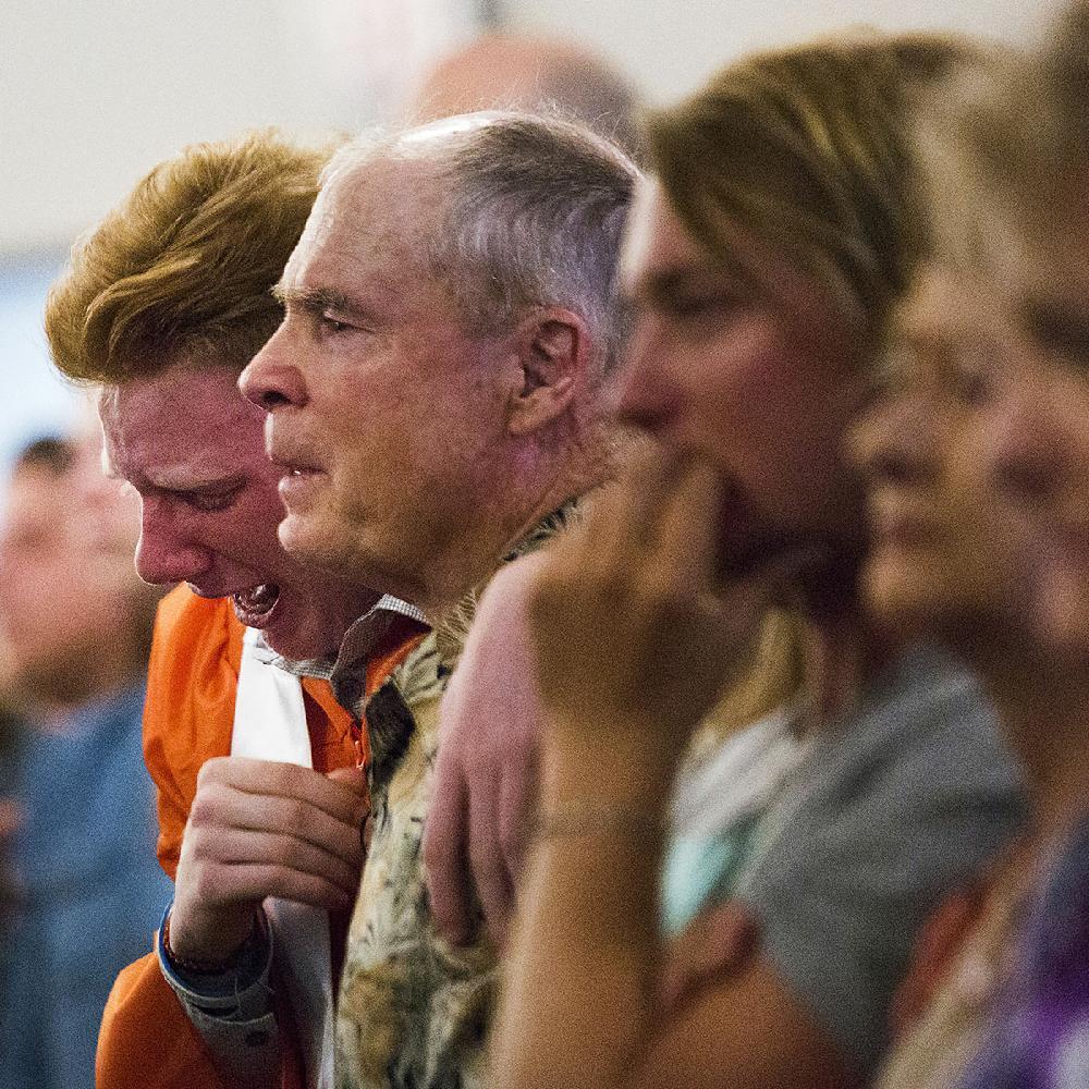 Texas Churches Meet, Mourn; U.S. Debate Over How To Curb