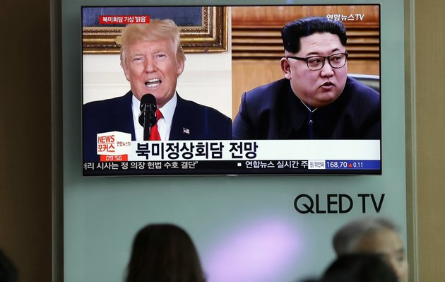 file-in-this-may-11-2018-file-photo-people-watch-a-tv-screen-showing-file-footage-of-us-president-donald-trump-left-and-north-korean-leader-kim-jong-un-right-during-a-news-program-at-the-seoul-railway-station-in-seoul-south-korea-weeks-from-his-north-korea-summit-president-donald-trump-is-staring-down-a-dealmakers-worst-nightmare-overpromising-and-under-deliveringap-photolee-jin-man-file