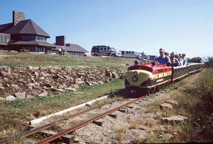 Fans fight to save iconic miniature train at Arkansas park; state agency opted not to renew contract