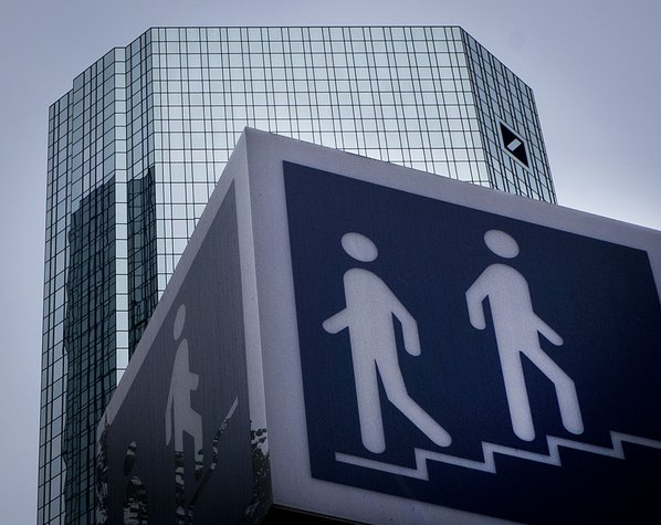 Deutsche Bank Is Considering Increasing Job Cuts to 10,000