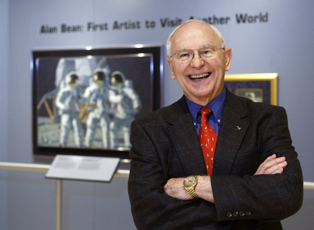 in-this-oct-1-2008-file-photo-alan-bean-the-fourth-man-to-walk-on-the-moon-is-shown-during-a-preview-of-his-work-at-the-lyndon-baines-johnson-library-and-museum-in-austin-texas-bean-the-apollo-and-skylab-astronaut-fourth-human-to-walk-on-the-moon-and-an-accomplished-artist-has-died-bean-86-died-on-saturday-may-26-2018-at-houston-methodist-hospital-in-houston-his-death-followed-his-suddenly-falling-ill-while-on-travel-in-fort-wayne-indiana-two-weeks-before-ap-photoharry-cabluck-file