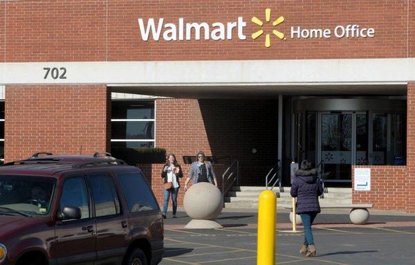 Walmart says little on virus-testing site
