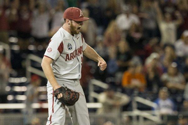 Arkansas pitcher Matt ...