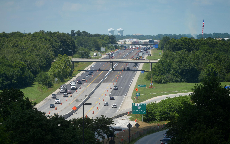 Arkansas governor announces $300M highway funding plan
