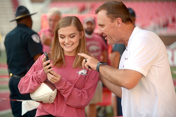 Wholehogsports The Story Behind Chad Morris Military Thank You