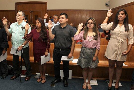 26 granted U S  citizenship