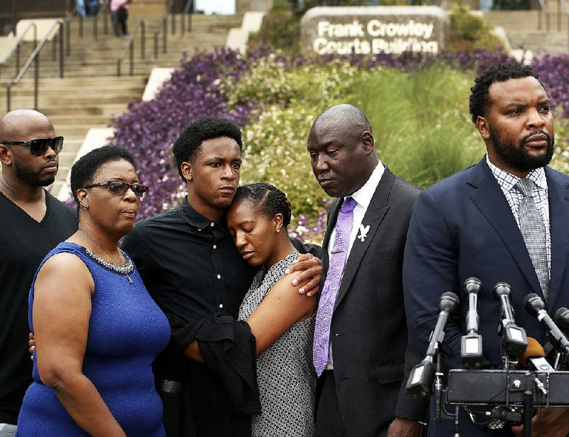9de18c407 Grand jury to hear case of officer who fatally shot ex-Arkansan ...