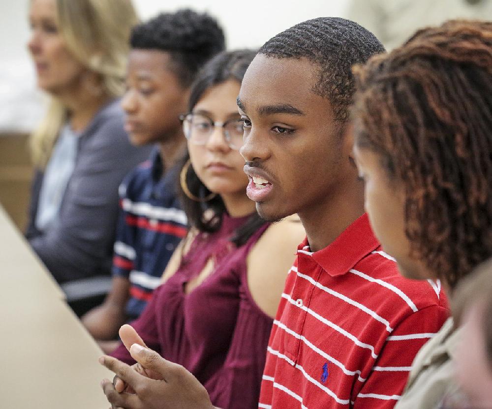 Arkansas students, teachers talk to school-safety panel