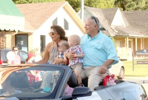 LYNN KUTTER ENTERPRISE-LEADER Randall and Cindy Rieff of Prairie Grove served as grand marshals for the 2018 Clothesline Fair parade. Randall Rieff is a Prairie Grove volunteer firefighter and worked at the now Harps grocery store for more than 46 years. He received the city's Buddy Lyle Citizenship Award in 2016. Cindy has worked at Dr. Bain's dental office for 32 years. They are both active members of Prairie Grove First United Methodist Church.