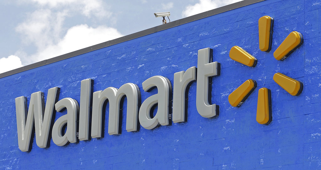 Rethink tariffs on China goods, Walmart urges
