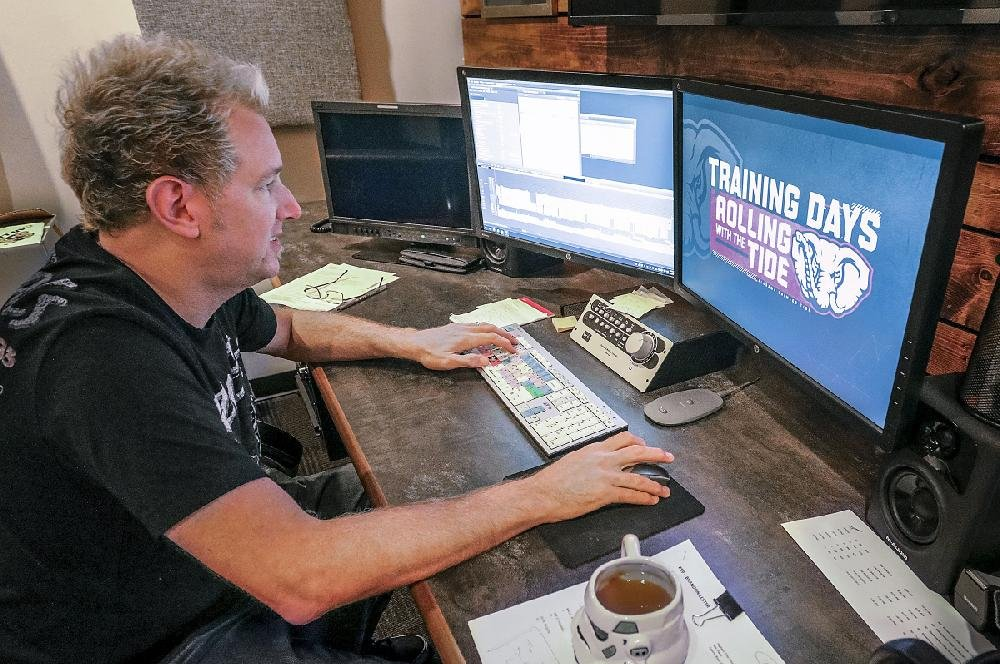 David Lipke of JM Associates edits footage of Training Days: Rolling With the Tide at JM Associates in Little Rock.