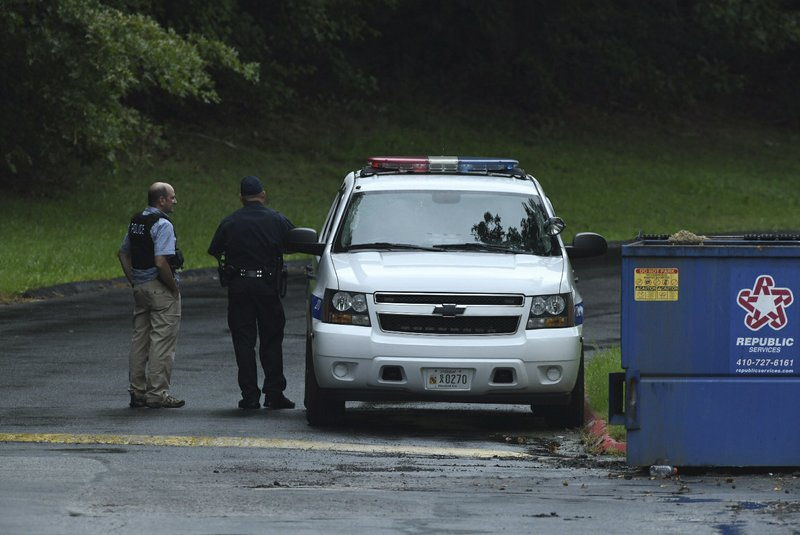 4 dead, including suspect, after Maryland warehouse shooting