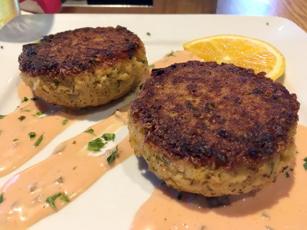 Crab cakes are still on the new menu at Lakewood Lounge in North Little Rock.