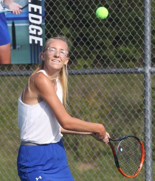 The Sentinel-Record/Richard Rasmussen GIRLS' QUARTERFINALIST: Lakeside's Haley Fauber returns the ball to Russellville's Paige Davis Monday during their first-round match in the Class 5A state tennis tournament at Lakeside.