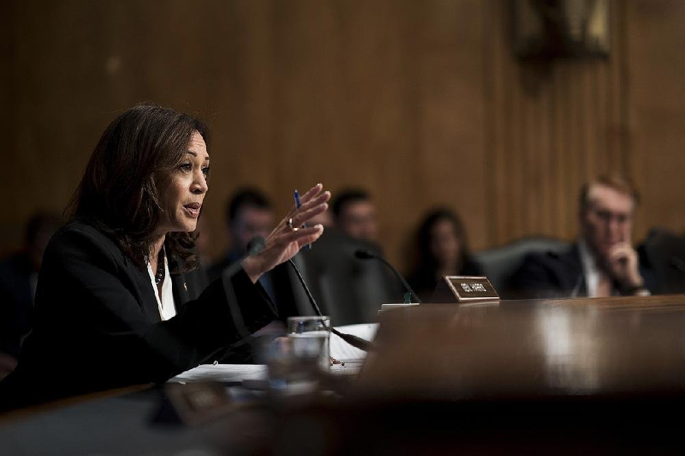 Sen. Kamala Harris questions FBI Director Christopher Wray on his agency's  handling  of  the  investigation  of Brett Kavanaugh during a Senate hearing Wednesday.