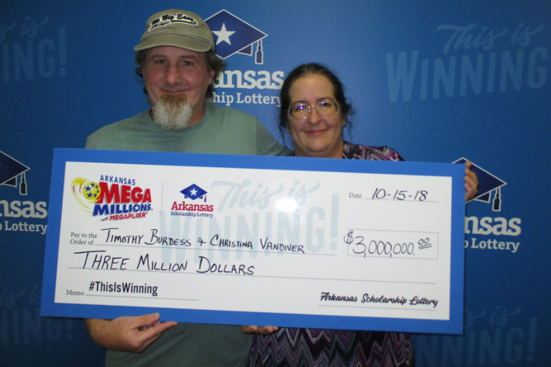 Arkansas couple claims $3M lottery prize
