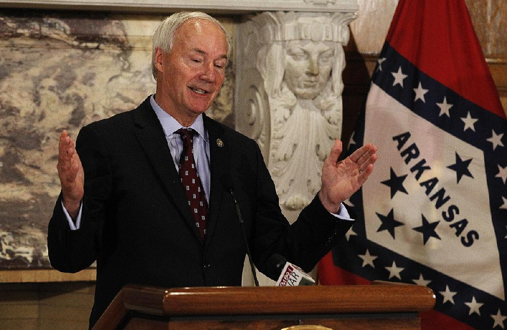 Arkansas governor proposes giving counselors more student access