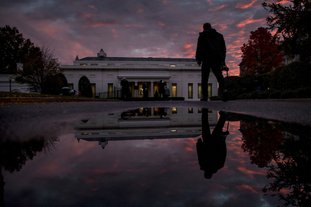 The West Wing of the White House at sunset on election day in Washington, Tuesday, Nov. 6, 2018. (AP Photo/Andrew Harnik)