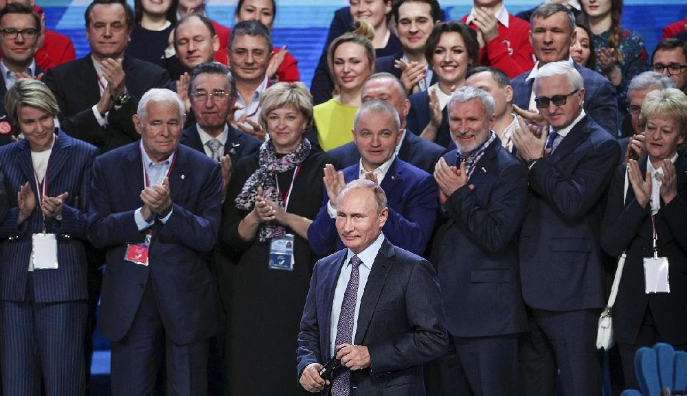 """Russian President Vladimir Putin meets with members of a """"popular front"""" group of community activists Thursday in Krasnogorsk, Russia, before traveling to the G-20 summit."""